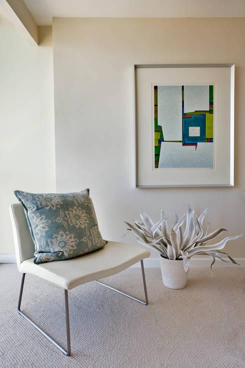 Detalle Recámara de visitas: Recámaras de estilo  por Weber Arquitectos