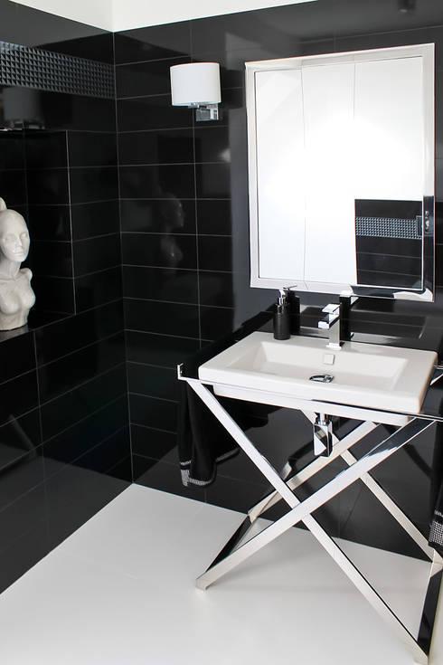 Baños de estilo  por t
