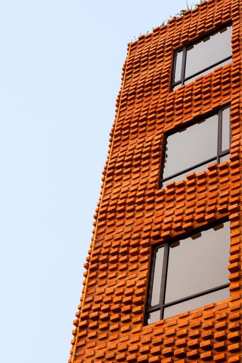 Residencial Z53: Casas de estilo rural por Grupo Nodus Arquitectos