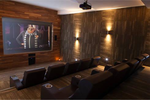Residencial Vivalto: Salas multimedia de estilo moderno por Grupo Nodus Arquitectos