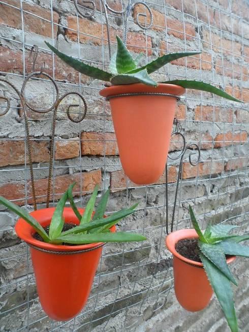 Objetos de decoración varios: Jardines de estilo  por Casa Duplo