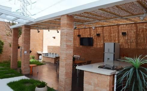 Área de Lazer: Terraços  por Vitor Dias Arquitetura