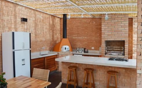 Iluminação: Terraços  por Vitor Dias Arquitetura