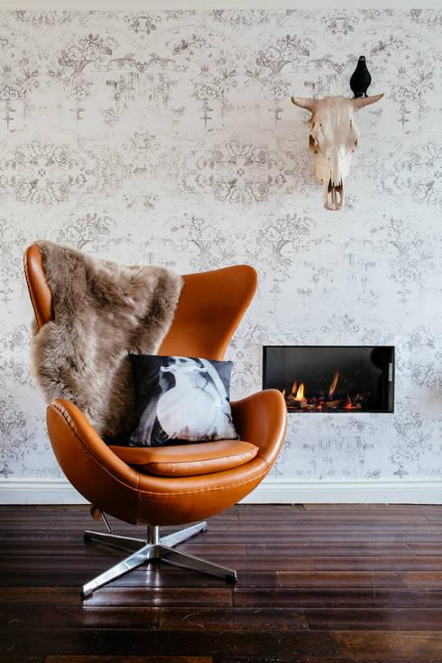Interiors:  Living room by Mineheart