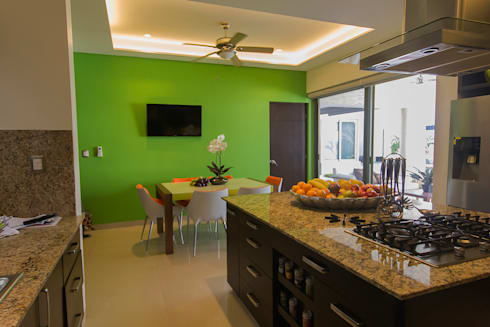 Casa MBGC: Cocinas de estilo ecléctico por Arq Mobil