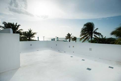 Villas Chuburná Puerto: Terrazas de estilo  por Arq Mobil