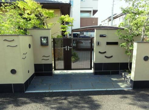 エントランス: 木村博明 株式会社木村グリーンガーデナーが手掛けた庭です。
