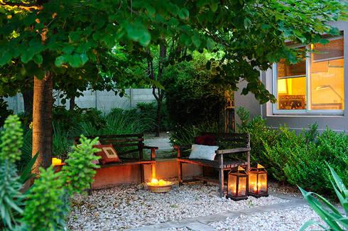 GALERIA : Jardines de estilo moderno por JUNOR ARQUITECTOS
