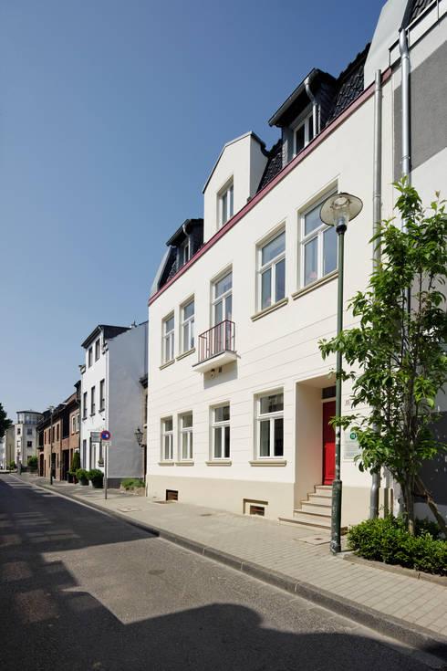 klasieke Huizen door kg5 architekten