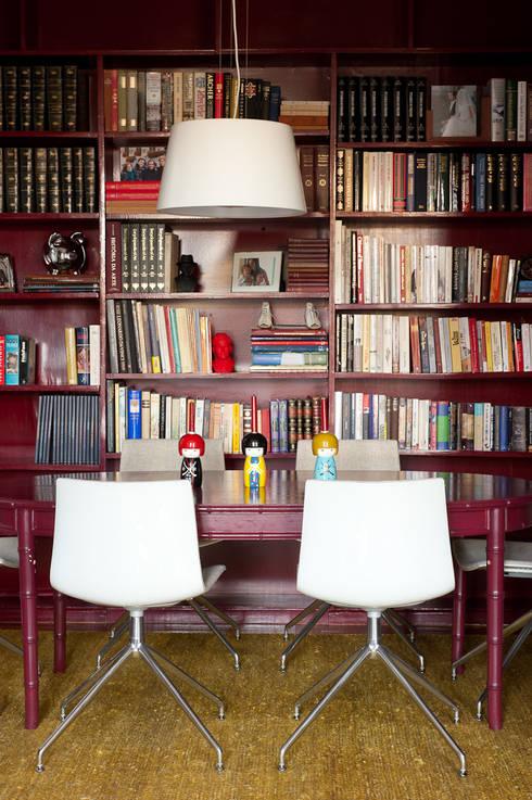 Sala de Jantar: Salas de jantar clássicas por LAVRADIO DESIGN
