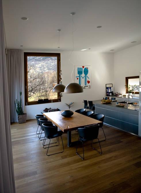 EFH Grand:  Küche von bw1 architekten