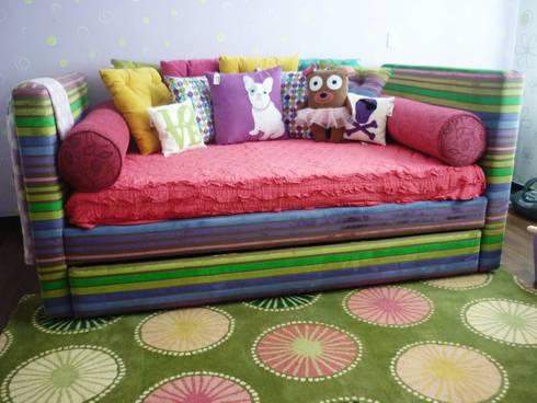 Olyenka: Habitaciones infantiles de estilo  por Artmosfera Kids