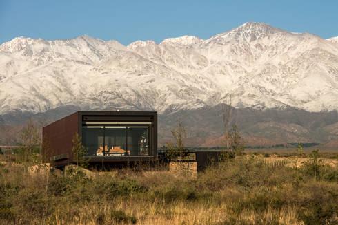 Casa Evans: Casas de estilo moderno por A4estudio