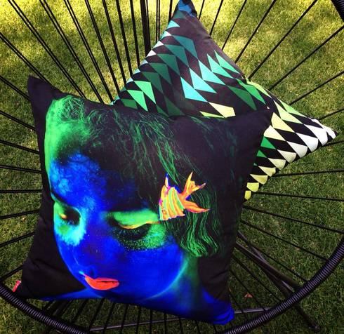 Bora_005: Jardines de estilo moderno por 11:11 Arte Contemporaneo