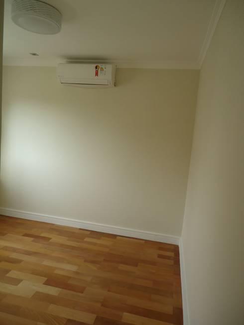 Apartamento tipo Cobertura Granja Julieta: Paredes  por VT Design - Arquitetura e Interiores