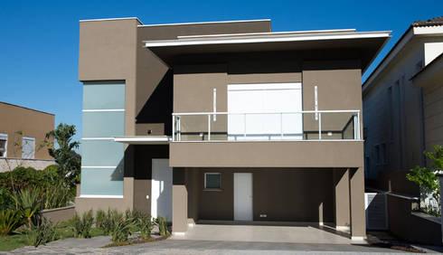 Residência - Tamboré: Casas modernas por Moran e Anders Arquitetura