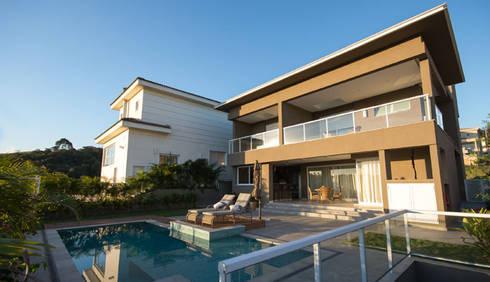 Residência - Tamboré: Piscinas modernas por Moran e Anders Arquitetura