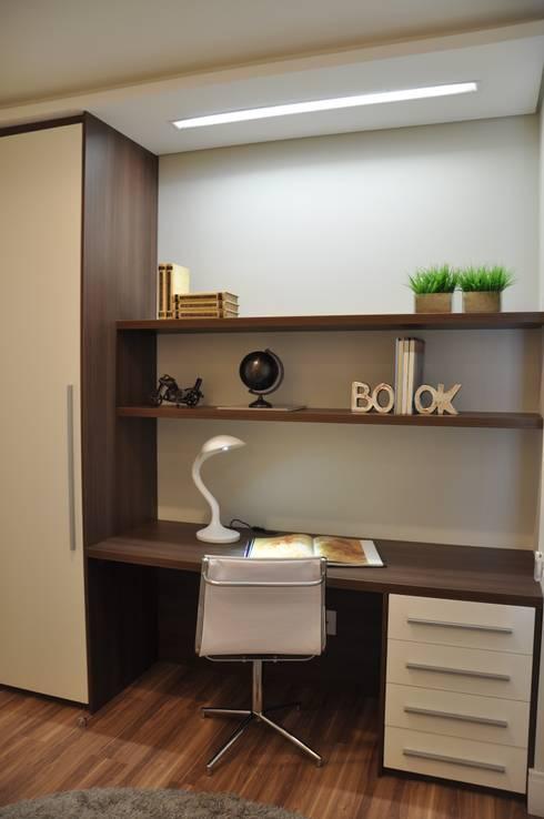 Oficinas de estilo  por Varinia Schwartz Arquitetura & Interiores