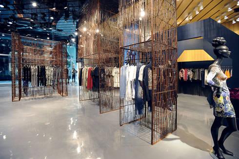 Zen Department Store & Highrise Building:  Commercial Spaces by Blocher Blocher India Pvt. Ltd.