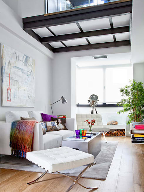 LOFT IN MADRID 2013: Salones de estilo  de BELEN FERRANDIZ INTERIOR DESIGN