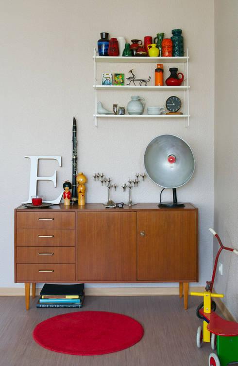 Mighty Vintage: eklektik tarz tarz Oturma Odası