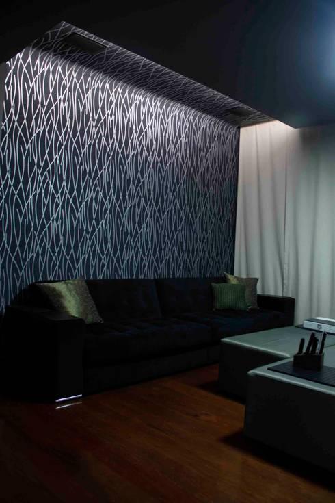 Casa Liberdade: Salas multimídia clássicas por Na Lupa Design