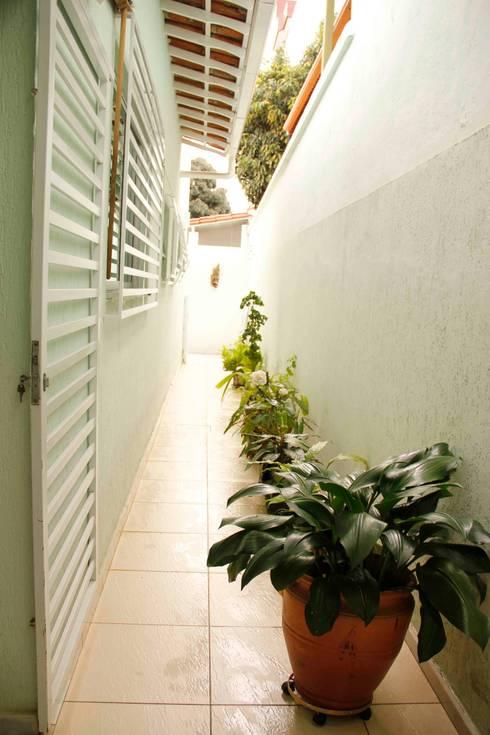 Ingresso & Corridoio in stile  di Na Lupa Design