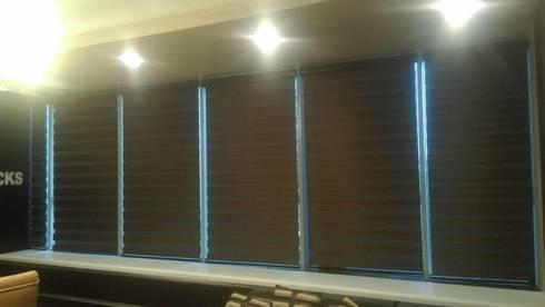 White Bricks Office: modern Study/office by Studio Interiors Infra Height Pvt Ltd