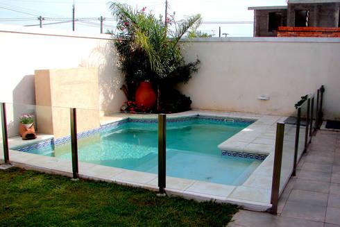 Piscinas familiares de piscinas scualo homify for Cuanto cuesta construir una piscina en chile