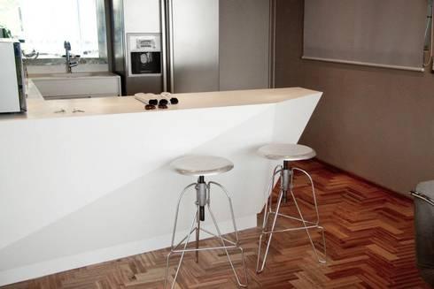 Av. México-Condesa: Comedores de estilo moderno por Elías Arquitectura