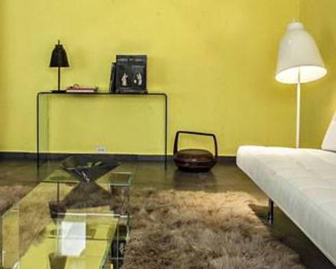 Primary Colours: Salas de estilo moderno por Elías Arquitectura