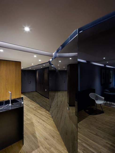 Uppern West Side Apartment-Manhatthan NYC: Salas de estilo moderno por Elías Arquitectura