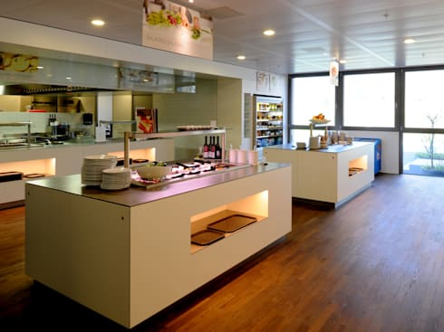 Cafeteria/Restaurante: Edifícios comerciais  por Peixoto Arquitetos Associados