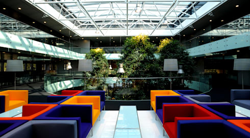 Segundo Pavimento: Edifícios comerciais  por Peixoto Arquitetos Associados