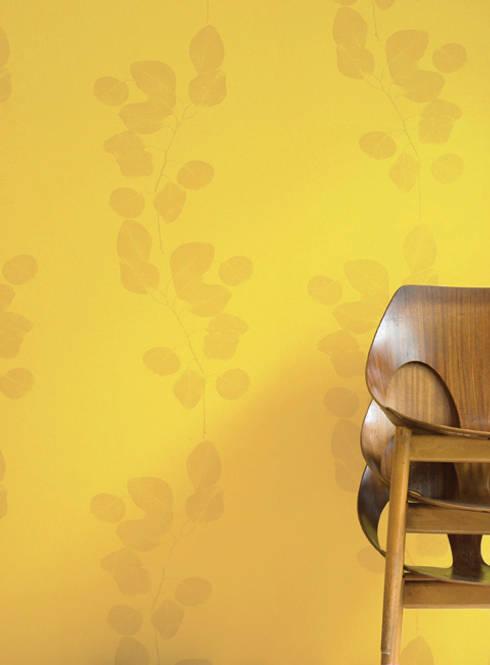 Walls & flooring by Jocelyn Warner