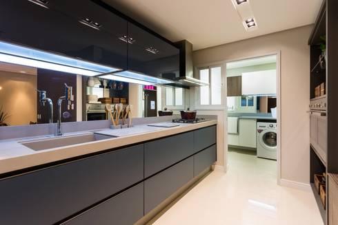 APTO Dunguenhein: Cozinhas ecléticas por ArchDesign STUDIO