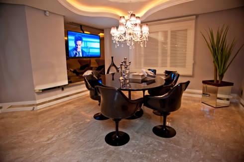 Ousado!: Salas de jantar modernas por Paulinho Peres Group