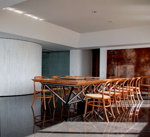 Sala de Jantar: Salas de jantar modernas por Peixoto Arquitetos Associados