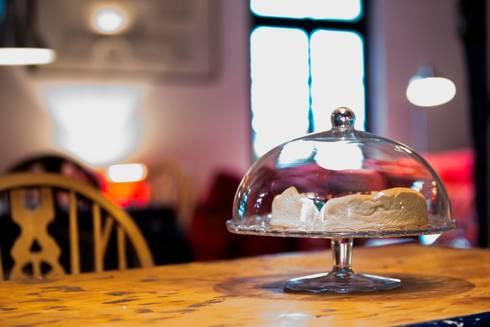 Kuchen: landhausstil Küche von Immotionelles