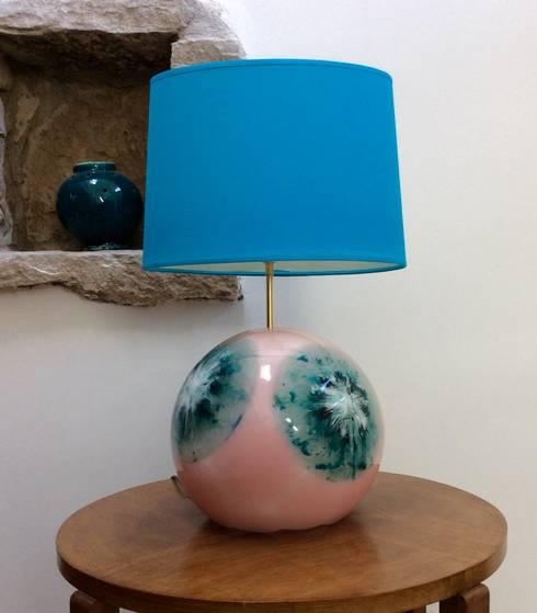 lampe sph re avec abat jour par roland framorando homify. Black Bedroom Furniture Sets. Home Design Ideas