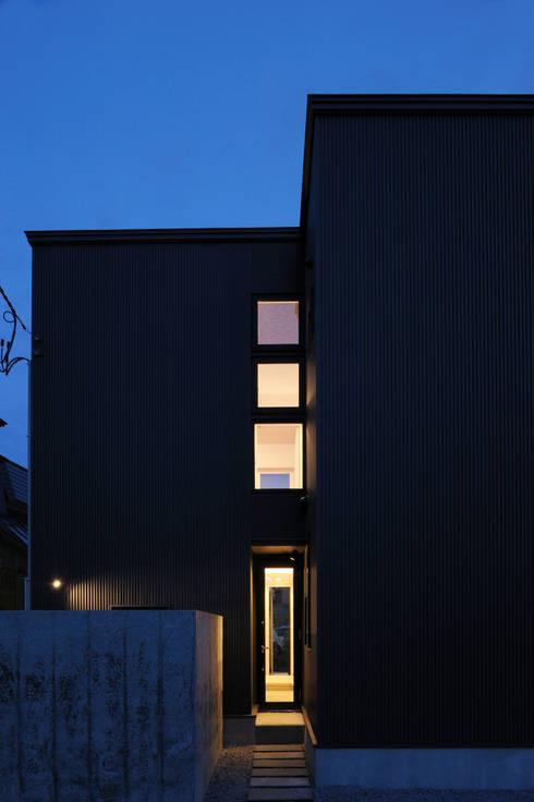新田の家: フクシアンドフクシ建築事務所が手掛けた家です。