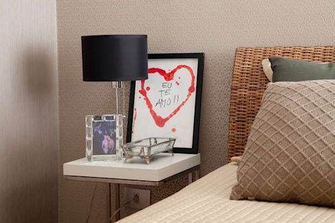Dormitório casal: Quartos  por Arquitetura 8 - Ana Spagnuolo & Marcos Ribeiro