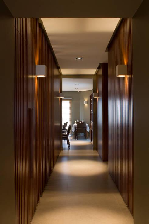 Barunzit Restó · Ramos Mejía · Prov. de Buenos Aires · Paula Herrero | Arquitectura: Comedores de estilo moderno por Paula Herrero | Arquitectura