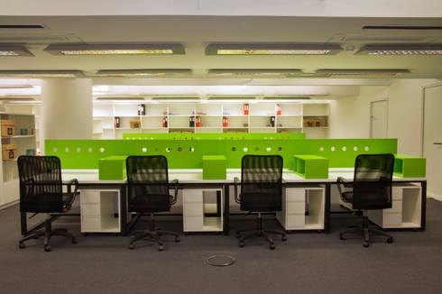 Oficinas Emi Music · Buenos Aires · Paula Herrero | Arquitectura: Estudios y oficinas de estilo moderno por Paula Herrero | Arquitectura