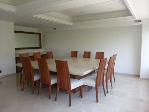Comedor con cubierta en pergamino: Comedor de estilo  por ARMONIC stone & wood design