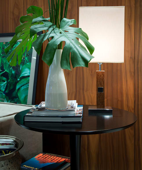 Apartamento PH: Salas de estar modernas por Ricardo Cavichioni Arquitetura