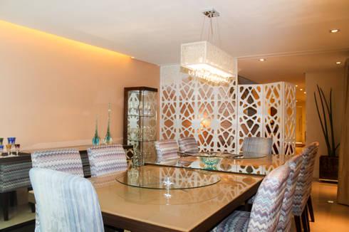 Residencias: Salas de jantar modernas por Maestrelo Interiores