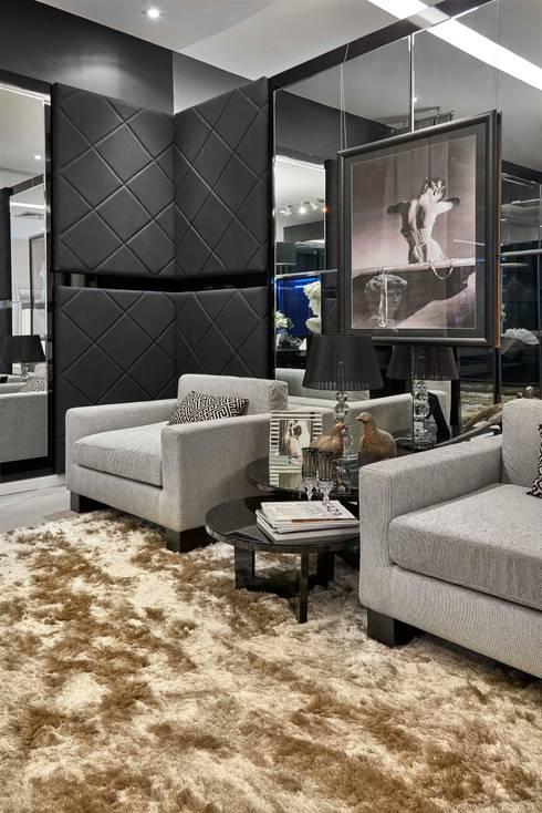 Projekty,  Salon zaprojektowane przez Lider Interiores