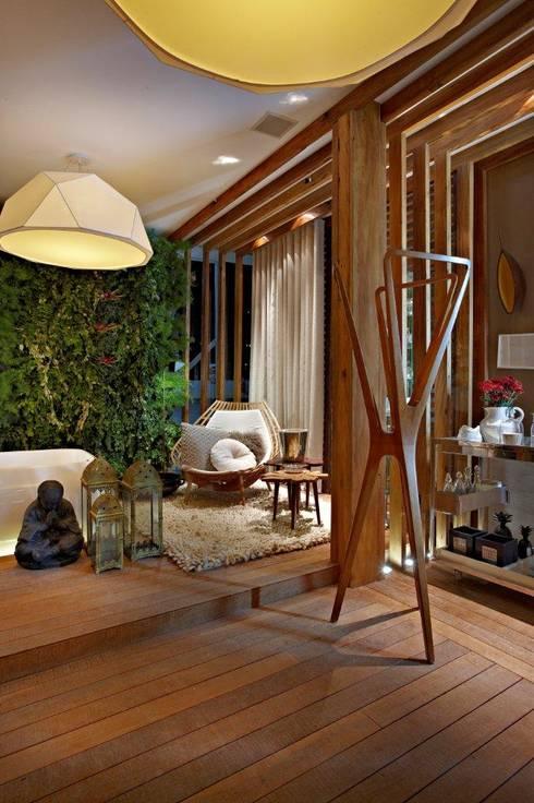 Sala de Banho: Banheiros modernos por Mariana Borges e Thaysa Godoy
