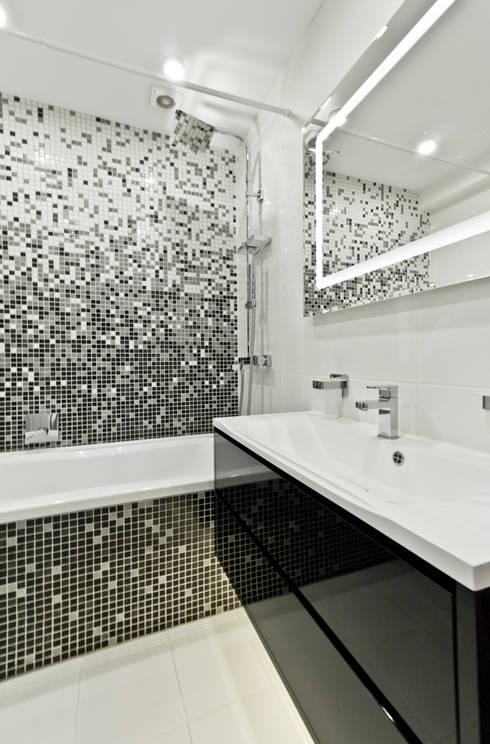 Baños de estilo minimalista de Rustem Urazmetov